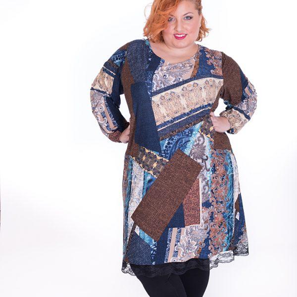 Vestido de manga larga con línea amplia