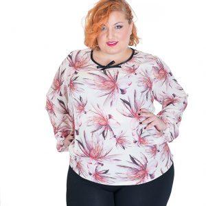Blusa de manga larga con escote redondo